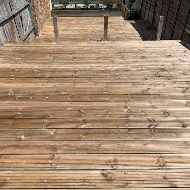 Chemically Cleaning Decking