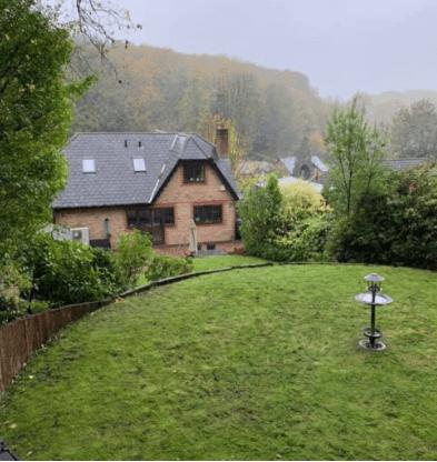 Leaf clearance undertaken in Meopham Kent